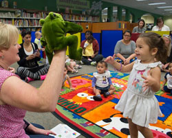 Jacksonville Public Library Parents as Sensory Storytellers